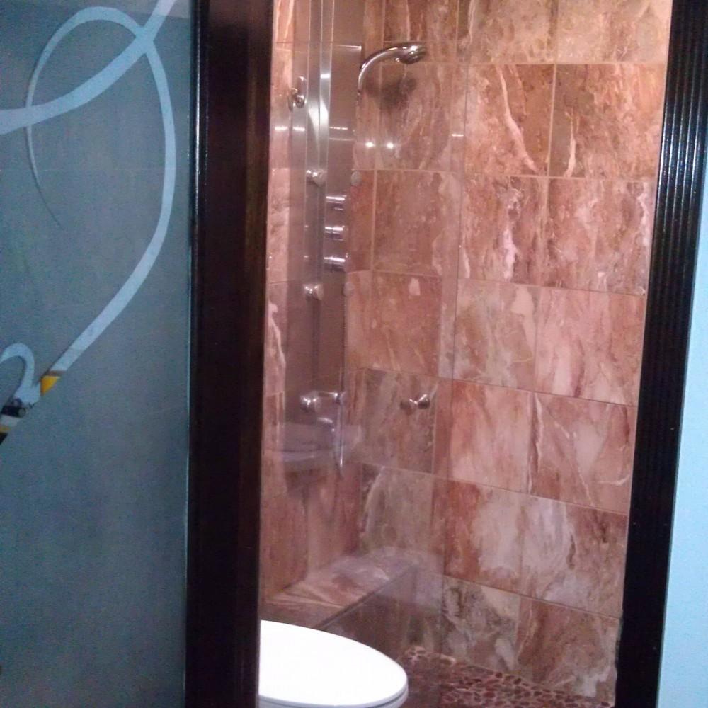 Heartwood – Master Bathroom