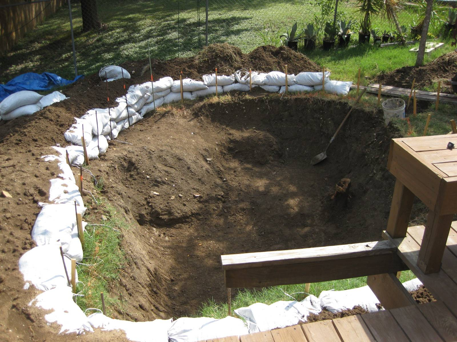 How to turn a hole into a swimming pool garage montage - Building a swimming pool on a slope ...